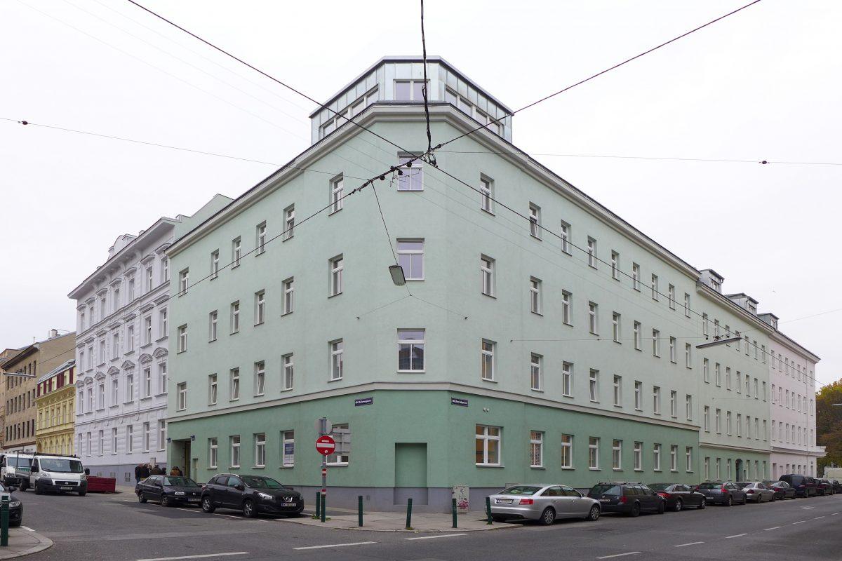 DAC-Straßenfassade- M18-D23